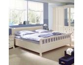 Massivholz-Bett in Weiß